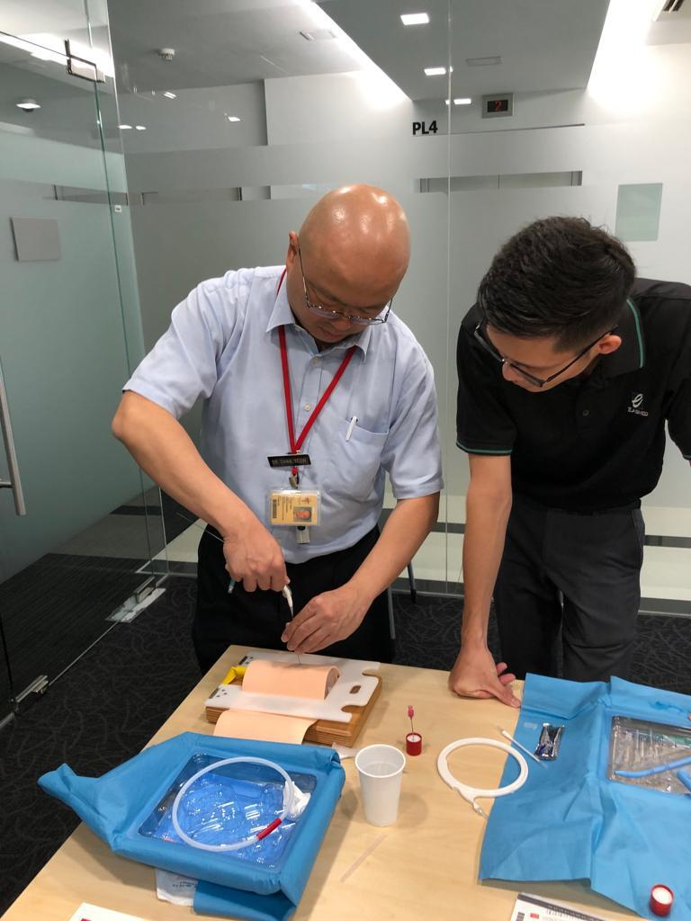 TTSH Cook Medical Products Demo  to Dr. Chan Yeow (Director of TTSH Home Ventilation and Respiratory Support Service) and ICU Sisters